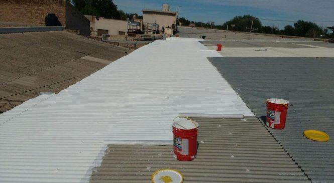 Cómo colocar membrana liquida en un techo de chapa y de Hormigón con Éxito